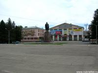 пл. Ленина, памятник