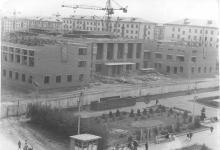 Рубцовск пл.Ленина, стройка ДК АТЗ