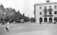 Перекресток ул.Комсомольская - ул.Калинина, вид на ост. Д.Парк